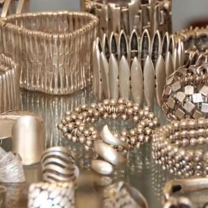 Armbänder und Ringe aus Silber / Geschenke bei Zeitlos Gilching